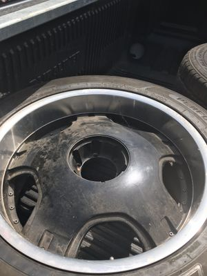 350-40r22 SIX LUG Rims for Sale in Redford Charter Township, MI
