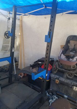 OLYMPIC SQUAT RACK for Sale in Riverside, CA
