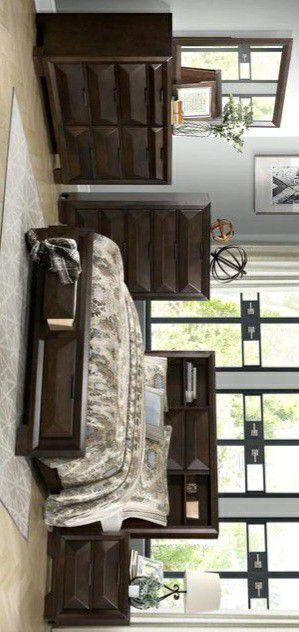 SPECIAL] Chesky Bookcase Storage Platform Bedroom Set for Sale in Silver Spring, MD
