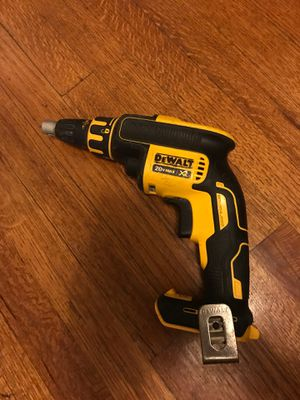 Dewalt collated nail gun (tool only for Sale in Long Beach, CA