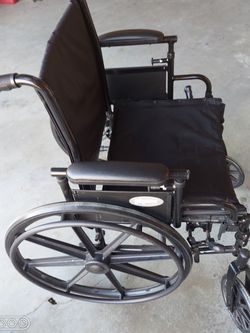 Wheel Chair for Sale in Loganville,  GA