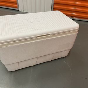 Ice Chest Cooler for Sale in Issaquah, WA