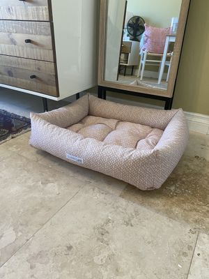 Jax and bones dog bed for Sale in San Diego, CA