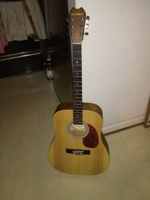 6 string first act guitar excellent condition for Sale in Alexandria, VA