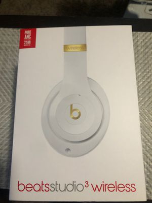 Beats Studio 3 Wireless Noise Cancelling Headphones for Sale in San Diego, CA