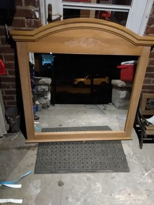 Mirror for dresser for Sale in St. Louis, MO