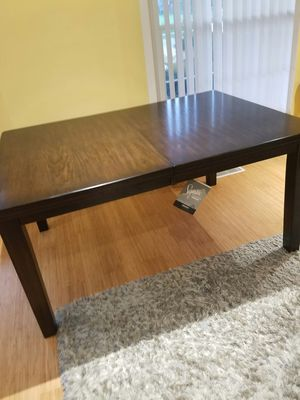dining table new for Sale in Arlington Heights, IL