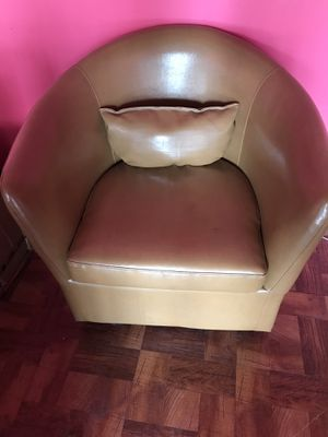 Leather chair for Sale in Arlington, VA