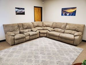 Tan Recliner Sectional Couch with Hideabed for Sale in Denver, CO