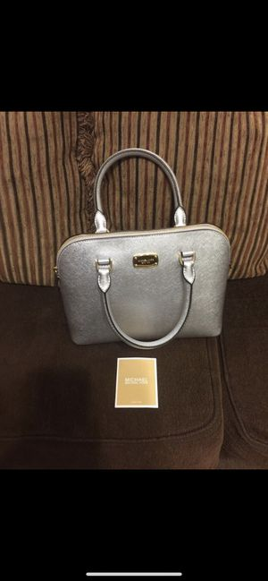 Authentic Michael kors bag new for Sale in Nashville, TN