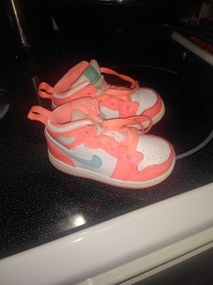 Girls Jordans size 5c for Sale in Portsmouth, VA