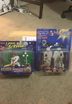 Mark McGwire & Sosa starting lineup figures toys for Sale in Sanford, FL
