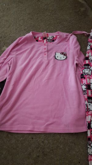 Youth hello kitty pjs for Sale in River Oaks, TX