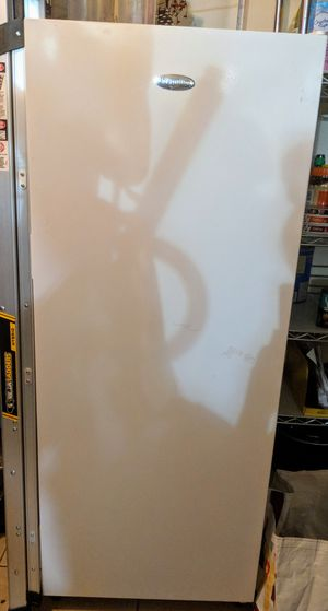 Free!!!!! Premium brand freezer. Broken. Needs repair for Sale in Royal Palm Beach, FL