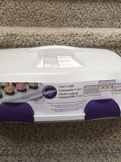 3 In 1 Cupcake Caddy Wilton New Baking Cooking for Sale in Las Vegas,  NV