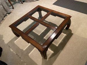 Square 39in coffee table for Sale in Warrenton, VA