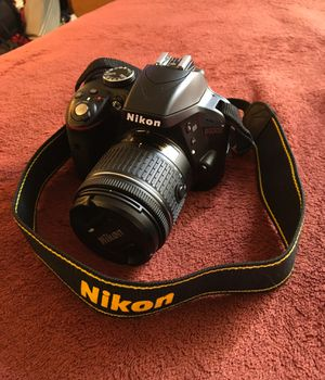 Nikon D3200 HDSLR camera, telephoto and wide angle lenses included, 24.2 megapixel DX format with collapsible 18-55mm lens, and complete kit, $355 for Sale in Glenarden, MD