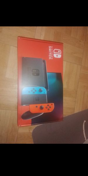 Switch console with 3 games 1 pro controller for Sale in Wauchula, FL
