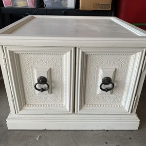 Matching End Tables/Night Stands for Sale in Glendale, AZ