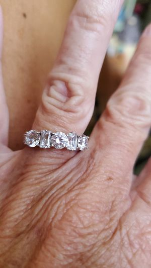 Beautiful silver ring for Sale in Reynoldsburg, OH