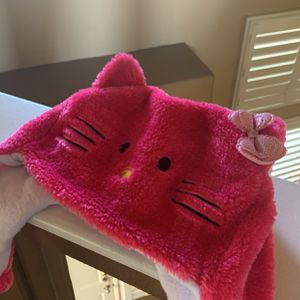 Hello Kitty Pink Kid Beanie for Sale in Los Angeles, CA