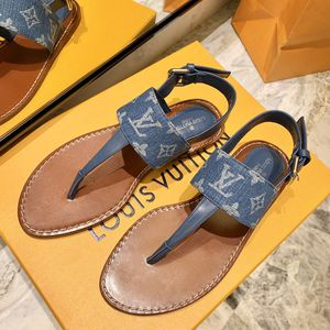 Lv flat thong sandal for Sale in New York, NY