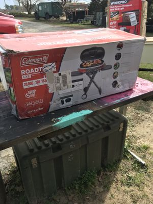 Coleman Roadtrip LXE Portable Propane Grill for Sale in Snow Hill, NC