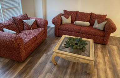 Beautiful Sofa & Loveseat set...Excellent Condition for Sale in Plainfield,  IL