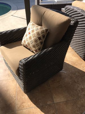 Patio Furniture with fire pit for Sale in Garden Grove, CA