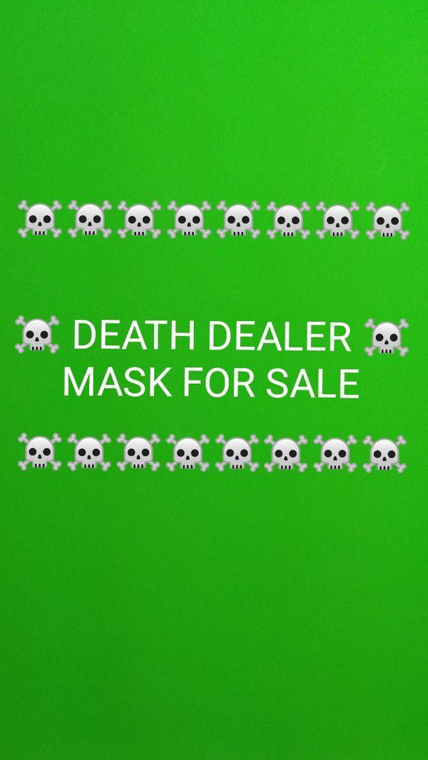 MASK FOR SALE: READ DETAILS BELOW FOR SPECS 🐈