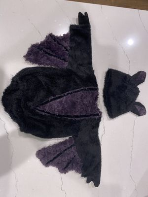 Baby bat Halloween costume 3-6 mo for Sale in Simpsonville, SC