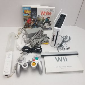 Nintendo wii 30 Games , Zelda, Super Mario Collection, Gamecube Compatible for Sale in Fresno, CA