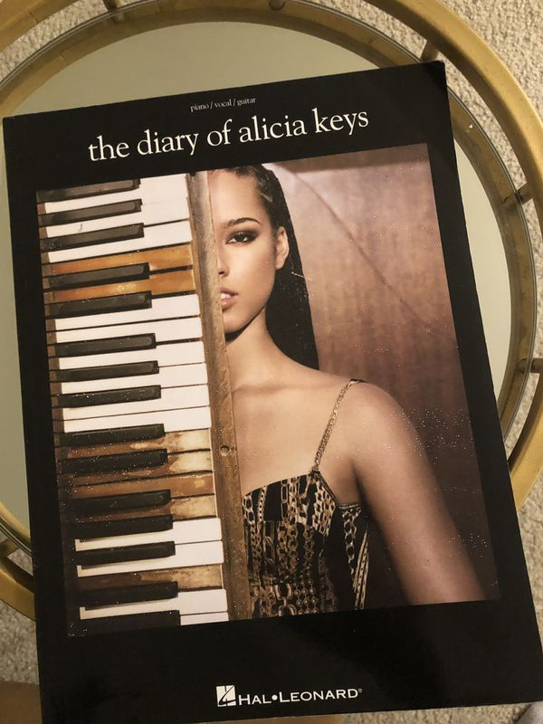 Piano vocal and guitar book