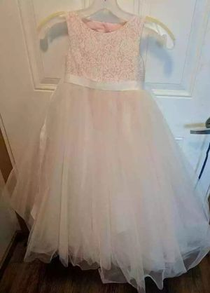David's Bridal flower girl heart back dress size 4 for Sale in Vancouver, WA