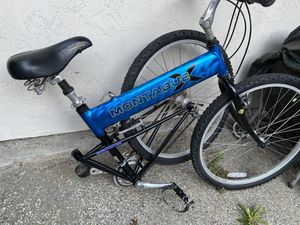 Montague folding bike for Sale in San Bruno, CA