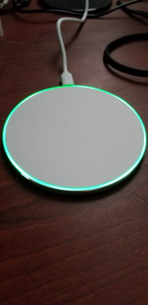 Wireless charger for smartphones for Sale in Miami, FL