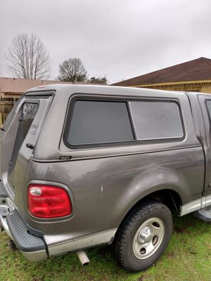 A.R.E. Camper shell for 99-03 F-150 for Sale in Orange, TX