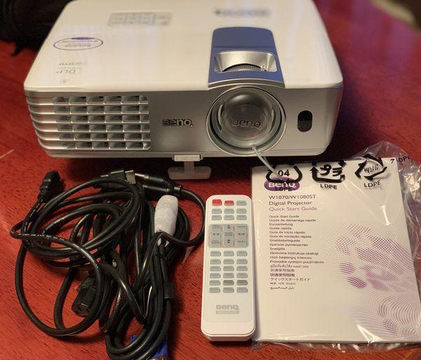 BenQ W1080ST 1080p 3D Short Throw DLP Home Theather Projector (White) - San Francisco