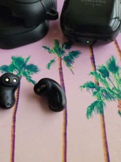 Samsung Galaxy Buds Live for Sale in Youngstown,  OH