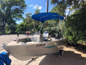 16' Voyager Aluminum boat, ready to fish! for Sale in Canyon Lake, TX