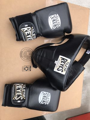 Cleto Reyes 14 oz. Boxing Gloves with Groin Guard Protection for Sale in Bellerose, NY