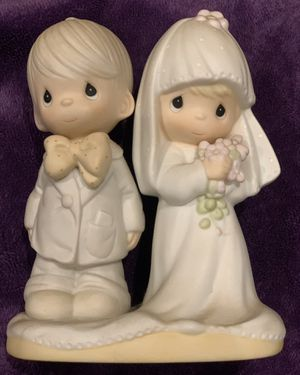 JONATHAN & DAVID SMALL COUPLE IGURES FIGURINES STATUES VINTAGE ANTIQUE COLLECTIBLE 1979 SIGNED THE LORD BLESS YOU AND KEEP YOU for Sale in Irvine, CA