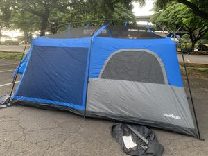 9 person camping tent 14x9. (instant set up and break down) for Sale in Honolulu, HI