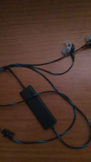 Bose quite comfort20-acoustic:noise counseling headphones.. for Sale in Phoenix, AZ