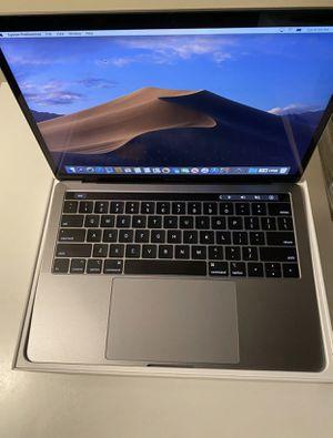 2019 MacBook Pro 256gb 8gb ram i5 for Sale in Fair Oaks, CA