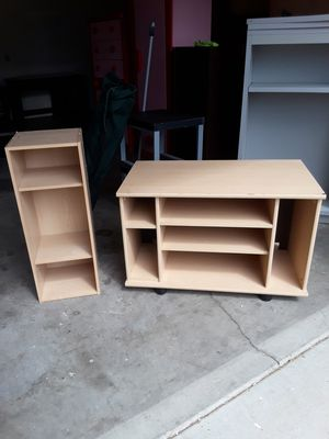 Tv stand and matching small shelf set. for Sale in Hemet, CA