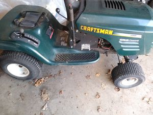 Craftsman lawn tractor for parts for Sale in Waterford Township, MI