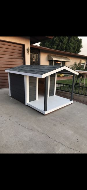 Dog House for Sale in Montclair, CA