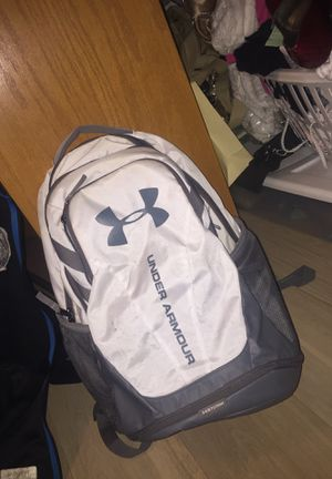 Under Armour backpack for Sale in Romeoville, IL