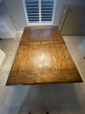 Heavy Wood Kitchen Table with 6 Chairs (best offer) for Sale in Pembroke Pines, FL